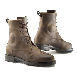 recommended motorcycle boot style